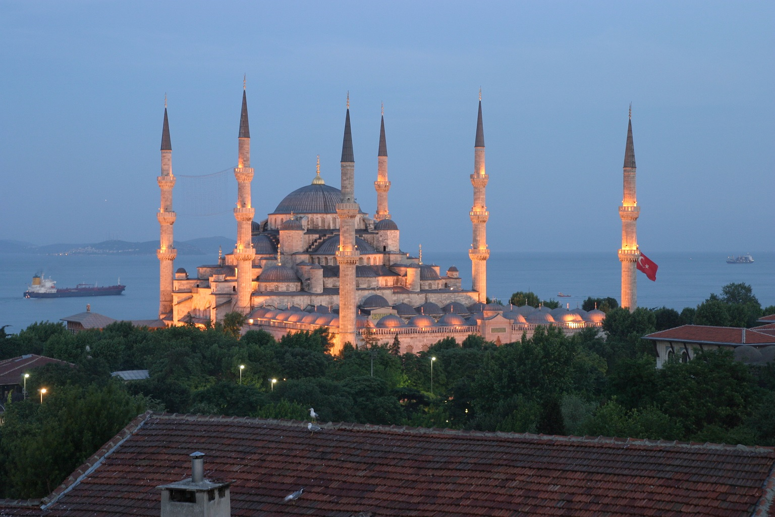 Yli 96 prosenttia turkkilaisista pitää itseään muslimina. USA 4-2012
