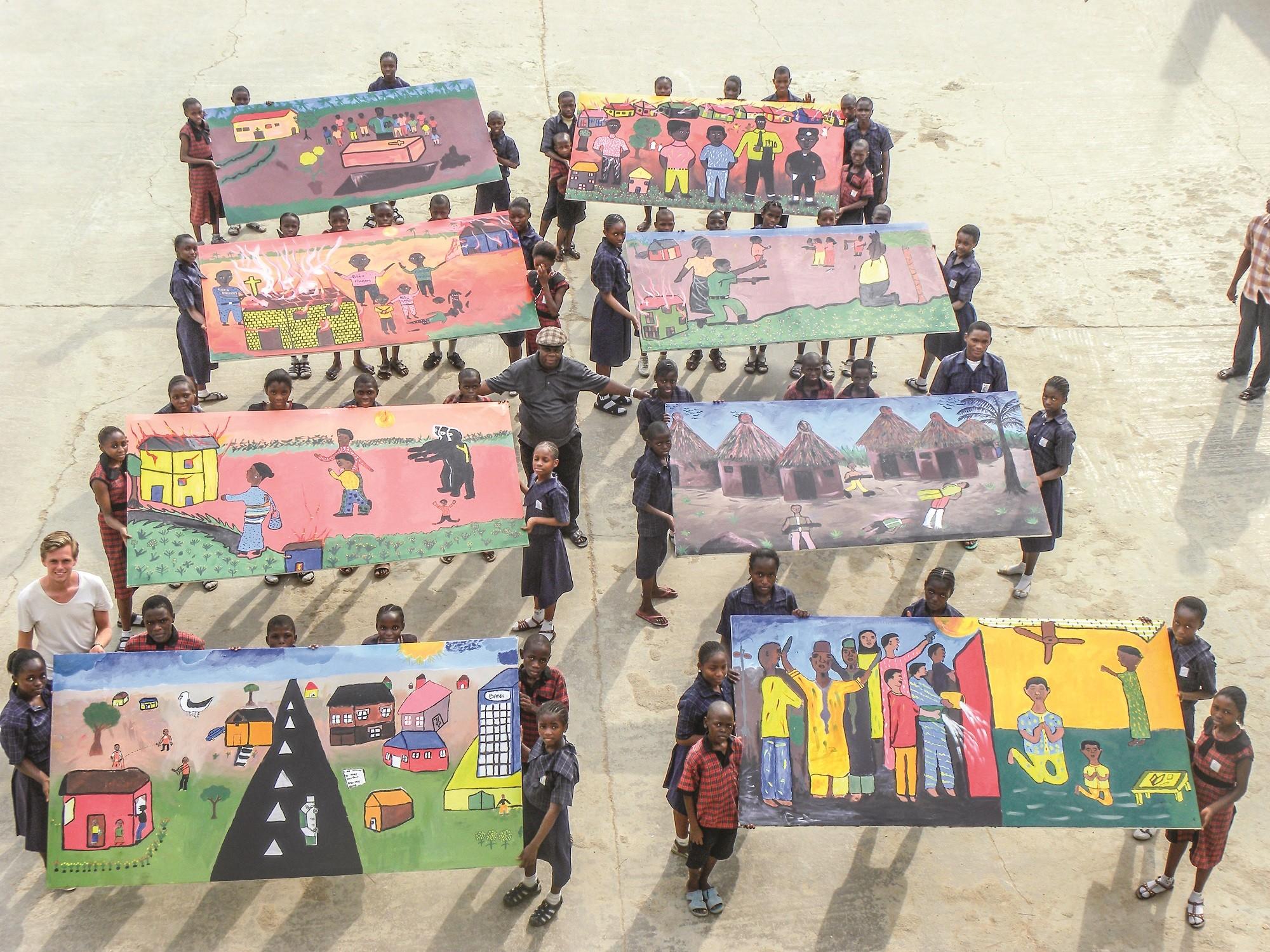 Lasten maalauksia - USA 12-2013